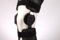 Фиксатор-шина коленного сустава ,огранич-ий и доз-ий обьем движений